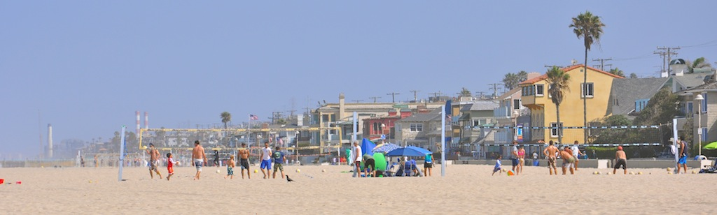 Looking North in Hermosa Beach from 22nd Street Swings